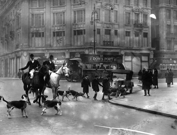 Review: London Through A Lens
