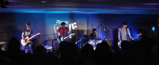 Live Review: Bloc Party @ Apple Store (10th October)