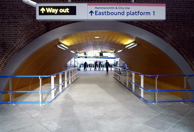 10491_woodlanetunnel.jpg