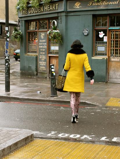 10630_yellowdress.jpg