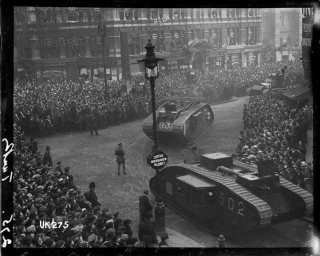Tanks on Ludgate, 1918.