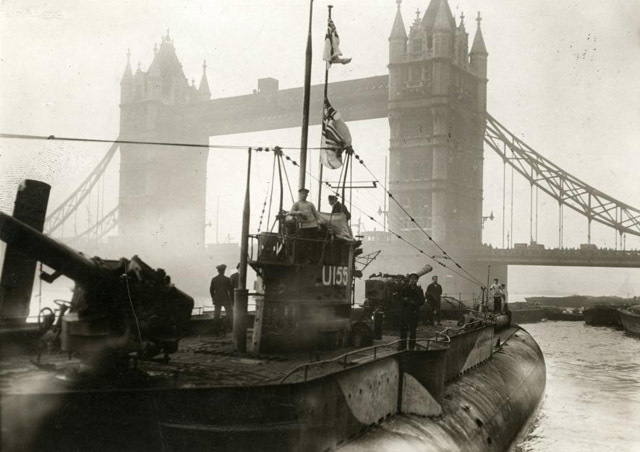 A captured German U-boat on the Thames, 1918.