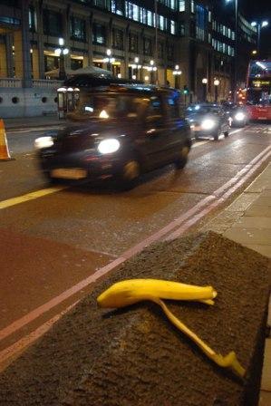 Review: London Bananas @ Austin Gallery