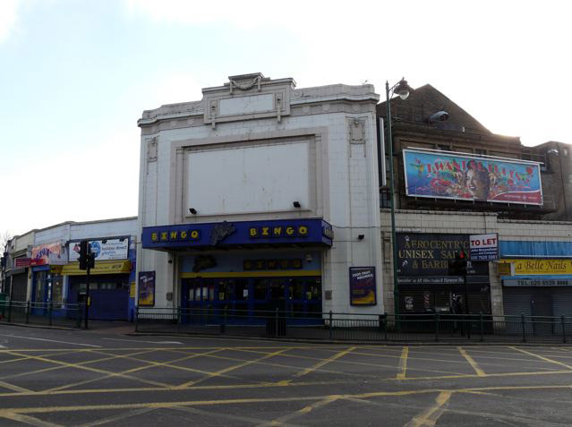 Savoy Cinema, Lea Bridge Road, Leyton, E10. Now a bingo hall.