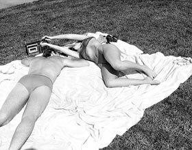 Eden_sunbathers.jpg