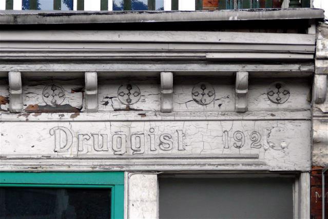 Druggist, Archway Road, N6