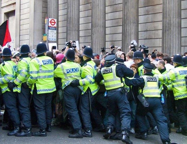 g20_policekettle.jpg