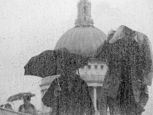 rain_tourists.jpg