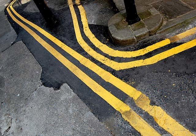 yellowlines.jpg