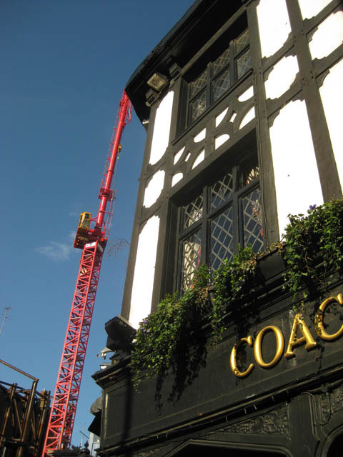 The Coach and Horses plus friend. Image by M@.