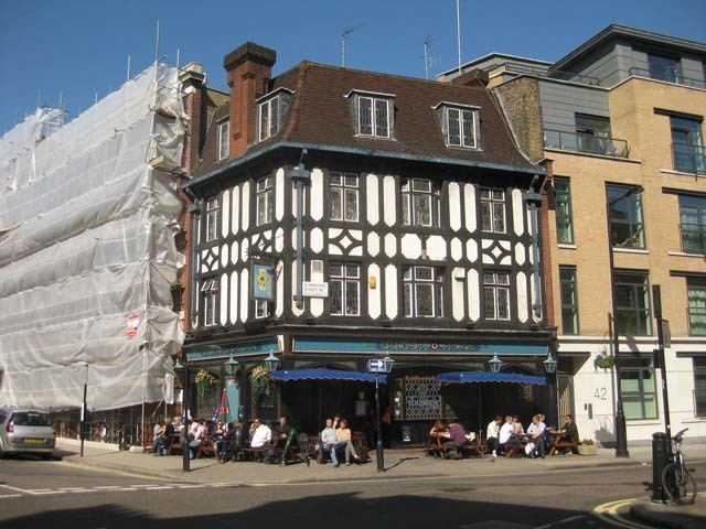 Tudor Rose, Blandford Street.Image by M@