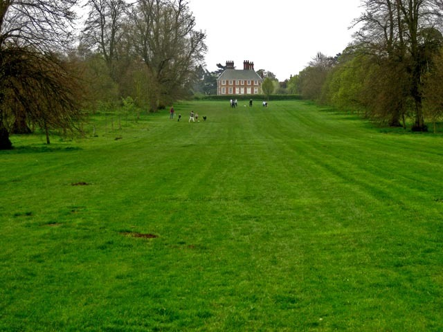 Forty Hall sits atop a hill near Enfield. It was built in the 1620s as home to a Lord Mayor.