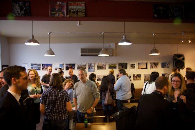 The cafe fills up By Natalie Ujuk