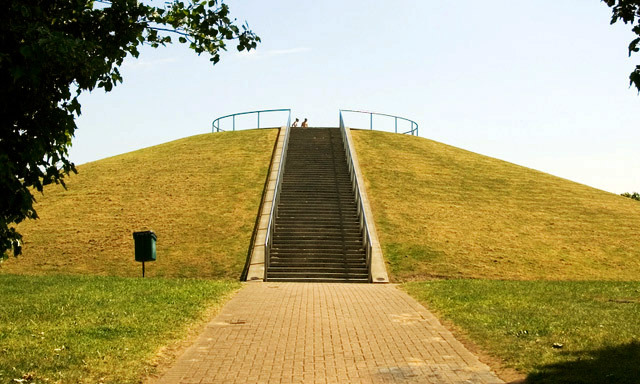 Stave Hill and steps to the summit