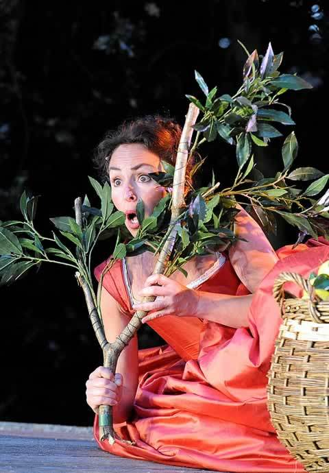 Samantha Spiro (Beatrice) is almost upstaged by fruit... Photo by Alistair Muir
