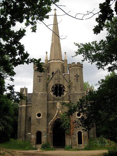 Chapel Lindsey Clarke