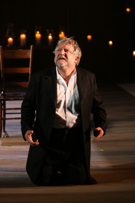 Simon Russell Beale as the tyrannical king Leontes