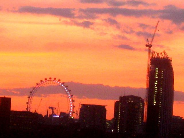 13895_londoneyeinsunset.jpg