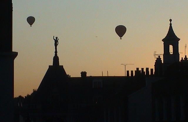 2505_balloons.jpg