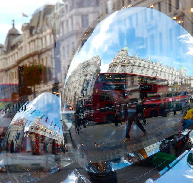 London through the lens WowtheWorld