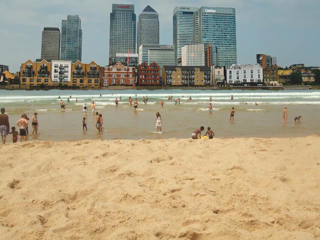 Boris Wants An Annual Thames Beach