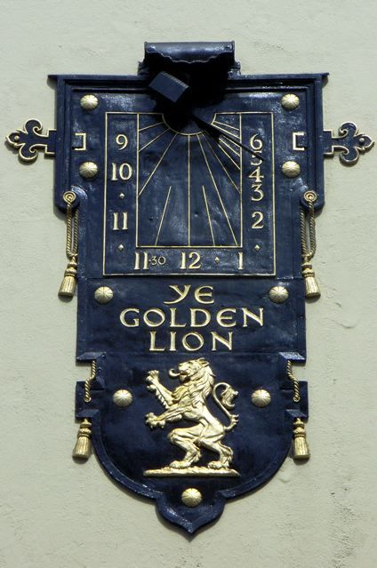 Sundial on Ye Golden Lion, Dean Street, W1