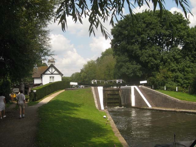 Approaching Denham Lock
