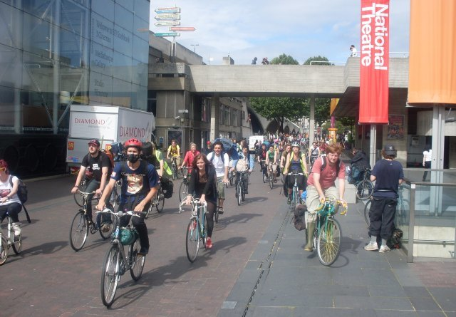 Cyclists leave the South Bank, waiting for the order to 'swoop' / image by zefrog