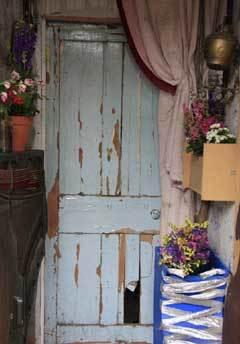 LON-2009.09.15---door.jpg