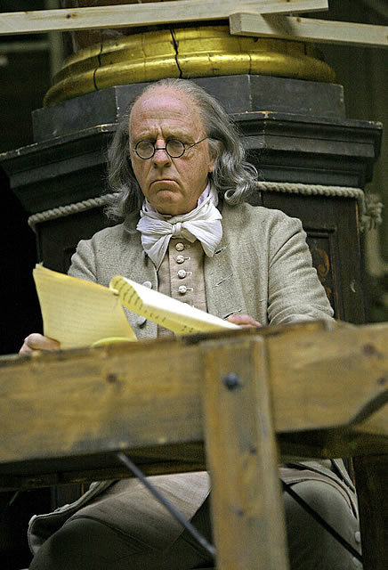 Keith Bartlett as Benjamin Franklin, who also helps as a much-needed narrator Photo by John Haynes