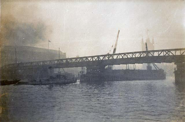 Lambeth Bridge before the construction of the current one - 1929/30