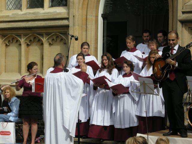 14520_choir.jpg