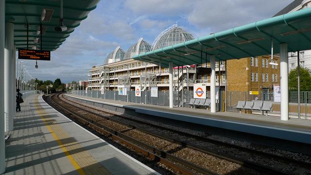14616_imperialwharf_platform2.jpg