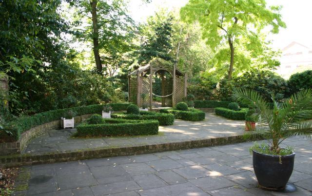 The Japanese-style garden and fan parterre