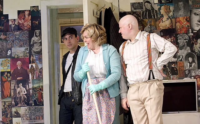Chris New (Joe Orton), Gwen Taylor (Mrs Corden) and Matt Lucas (Kenneth Halliwell in Prick Up Your Ears Photo by Catherine Ashmore