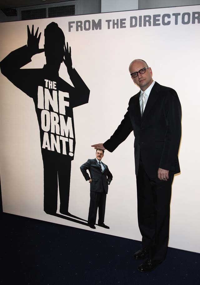 Director Steven Soderbergh clowns around at premiere of 'The Informant!'