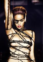 See Rihanna Live on Monday