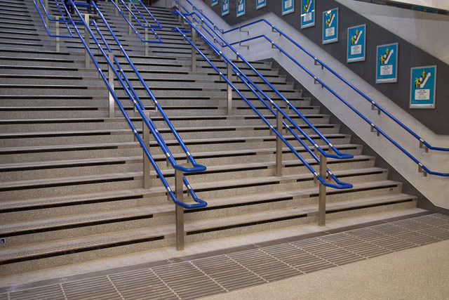 15417_kingscross_steps.jpg