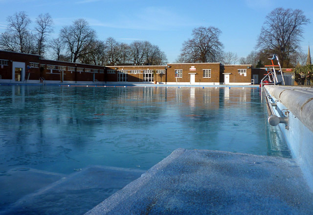 The Lido, pre-swim. Note the ice on the surface