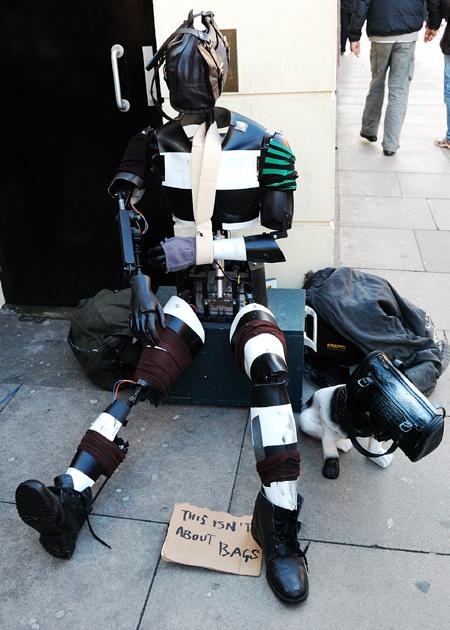 16192_homelessbot.jpg