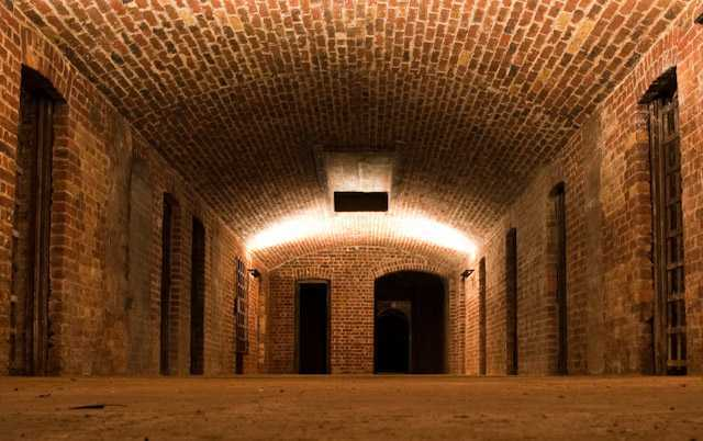 16490_detention_entranceway.jpg