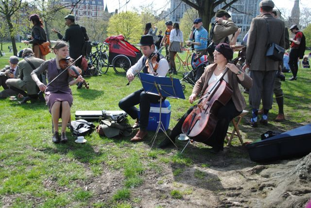 No tea party is complete without a 3 piece string orchestra. Photo by cedickie