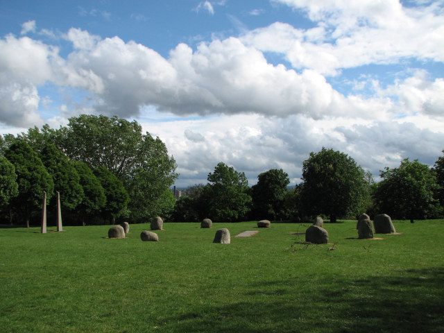 Hilly Fields stone circle / image by Jon Godsell
