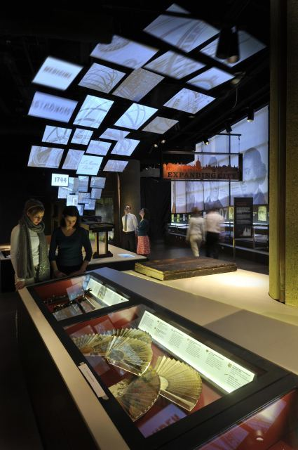 The Expanding City gallery tackles the post-Restoration period, with interactive thingumyjigs and endless glass cabinets of curiosity. Image (C) Museum of London.
