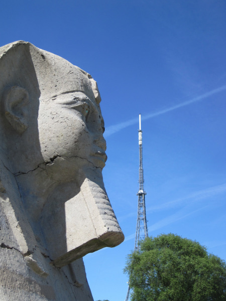Sphinx head and the famous antenna / image by Martin Austwick