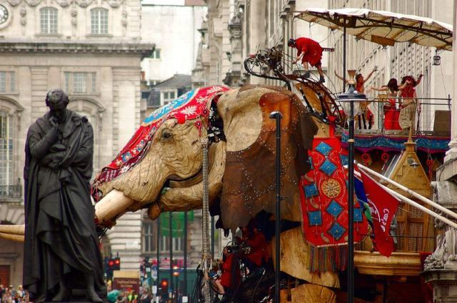 The Sultan's Elephant came to town in 2006. The giant mechanical beast lumbered through the West End as part of a theatrical production. Image by nickestamp in the Londonist Flickr pool.
