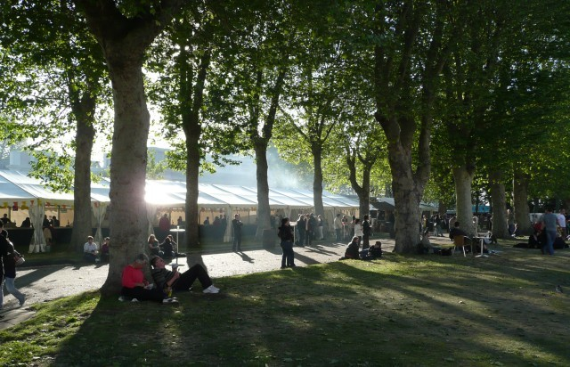 17520_greenwich_beer_and_jazz_festival_beer_tents.jpg
