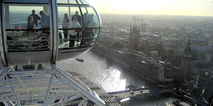 Top Chefs Serve Dinner On London Eye
