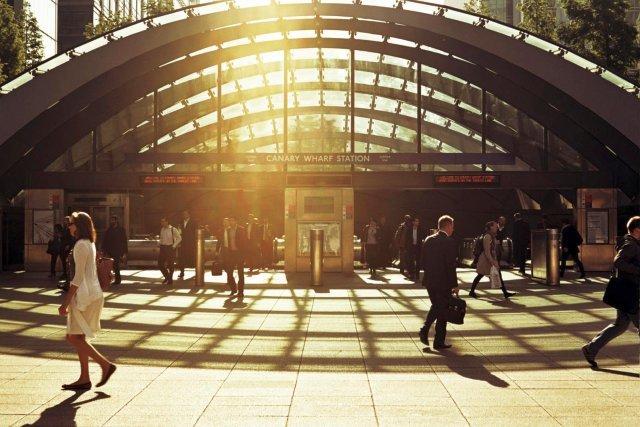 Sunny Canary Wharf tube station