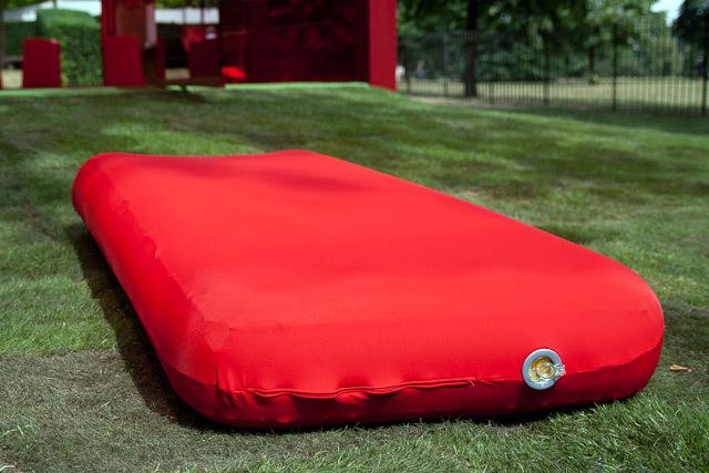 17993_serp_mattress.jpg